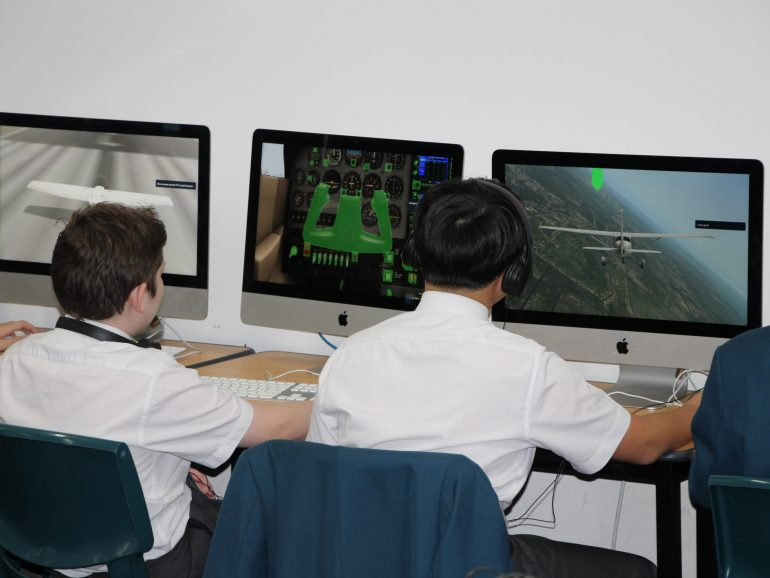 Aviation Program Flight Simulation