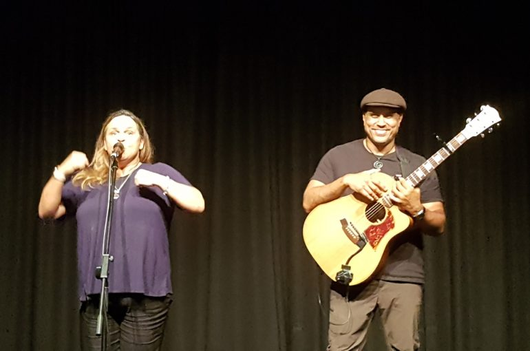Gina Williams and guitarist Guy Ghouse Perform